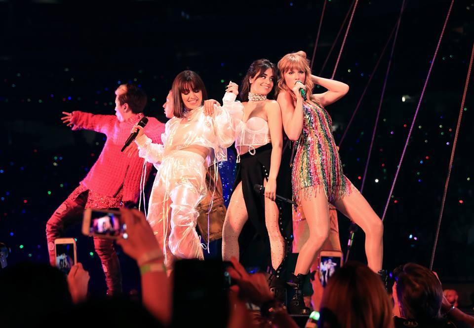 Taylor Swift chính thức khởi động tour diễn khủng: Rắn to, rắn bé, rắn khắp mọi nơi! - Ảnh 9.
