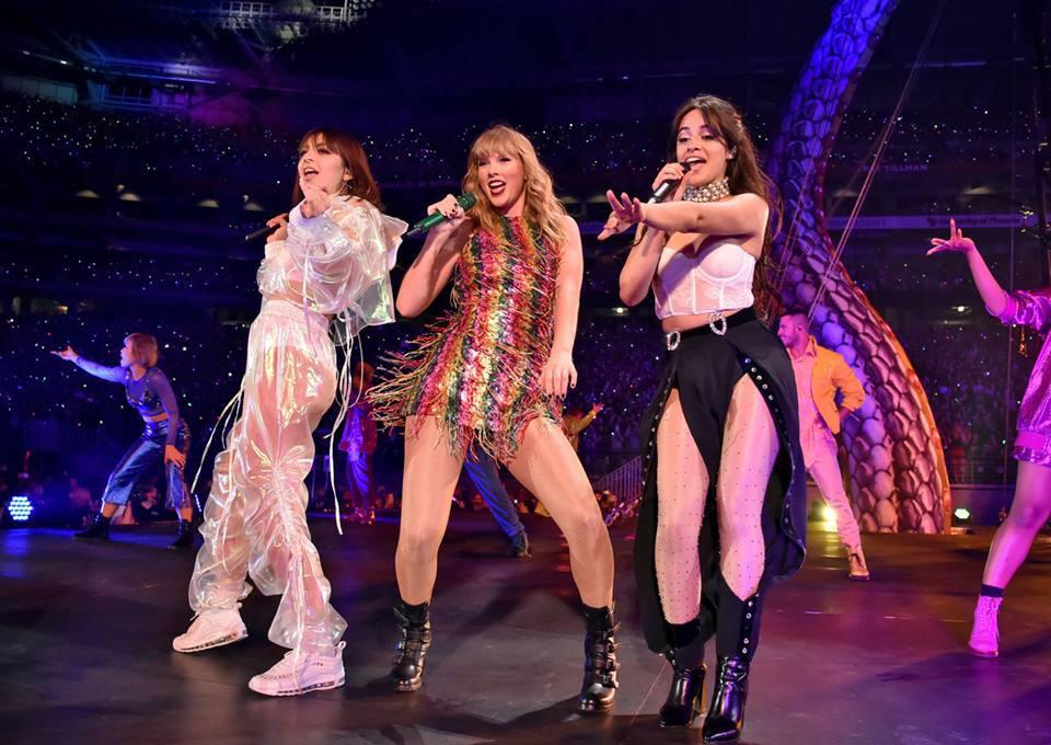 Taylor Swift chính thức khởi động tour diễn khủng: Rắn to, rắn bé, rắn khắp mọi nơi! - Ảnh 10.