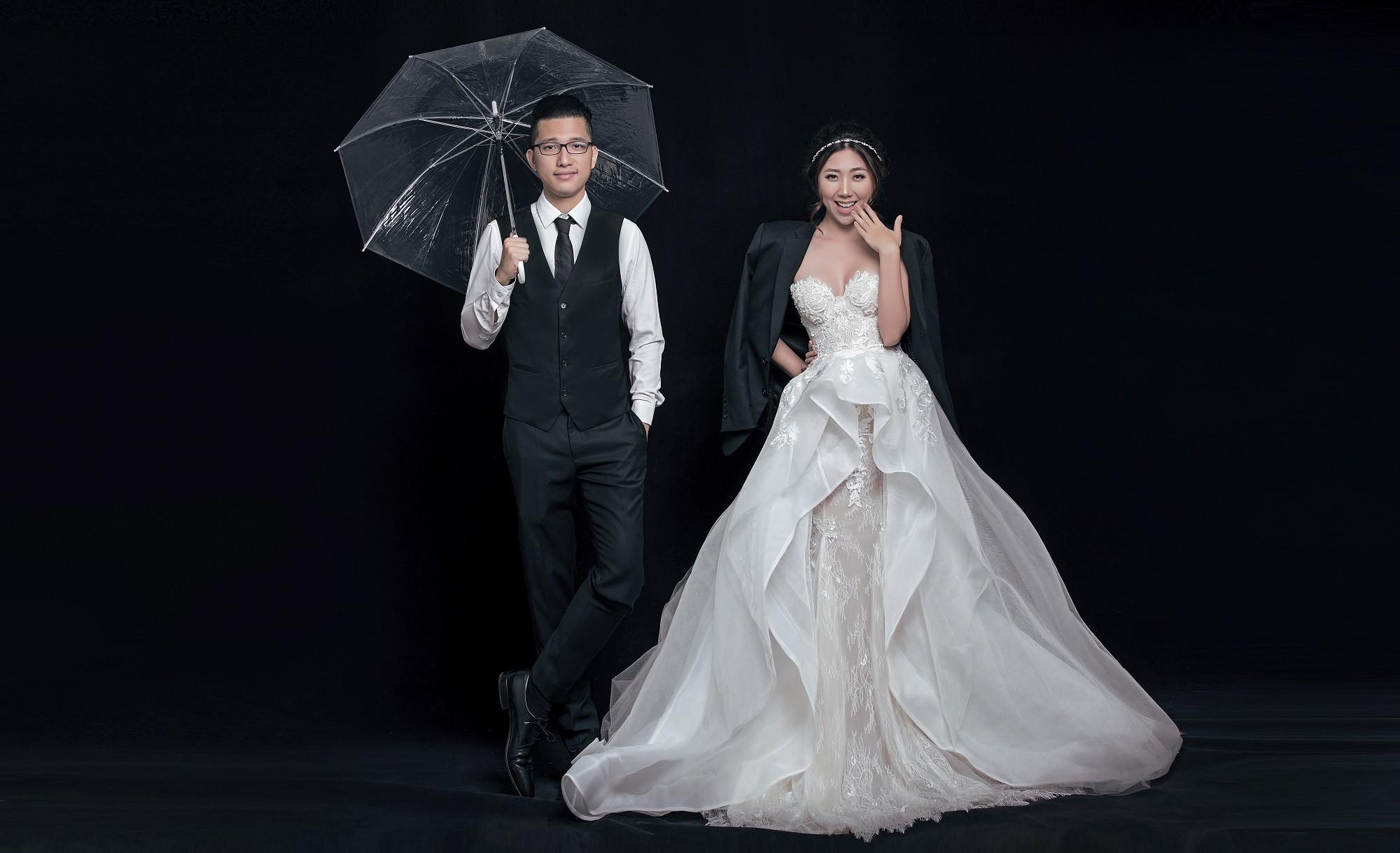 Em gái Trấn Thành kết hôn với bạn trai Hồng Kông, tung bộ ảnh cưới nhắng nhít cùng hội bạn thân - Ảnh 8.