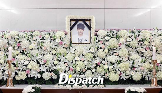 Xót xa hình ảnh tươi sáng của em trai Ha Ji Won trong di ảnh tại tang lễ hôm nay - Ảnh 2.