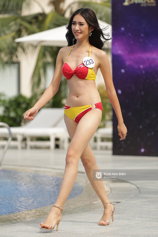 Dàn người đẹp Hoa hậu Hoàn vũ lộ đùi to, bụng mỡ khác xa ảnh photoshop trong phần thi trình diễn bikini - Ảnh 10.