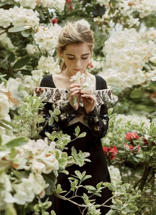 Tất tần tật những điều bạn cần biết về sắc đẹp và tài năng của cô phù thủy nhỏ Sabrina Kiernan Shipka - Ảnh 7.