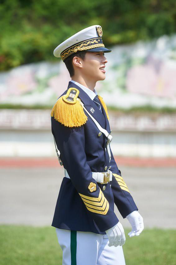 Sao nhí Vườn Sao Băng lại gây sốt vì quá đẹp trai: Soái ca phim Hàn tương lai đây rồi! - Ảnh 13.