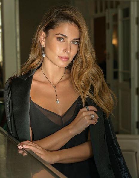 Sao trẻ Barca lên xe hoa với người mẫu xinh đẹp Israel - Ảnh 5.