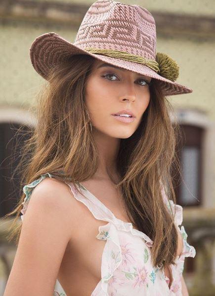 Sao trẻ Barca lên xe hoa với người mẫu xinh đẹp Israel - Ảnh 8.