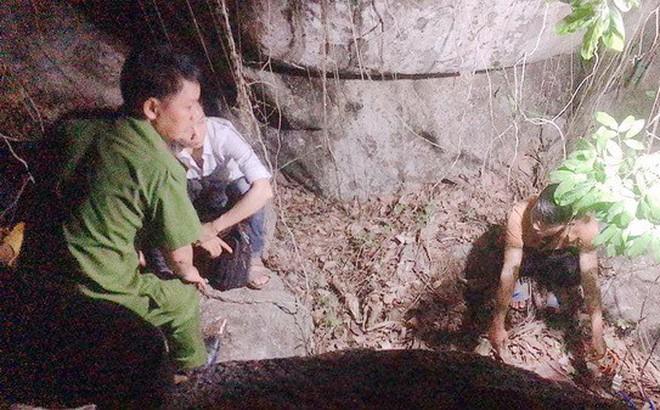 Hài cốt nghi của cặp tình nhân ở hang động: Tình cảm bị ngăn cấm giữa cô gái và anh bộ đội - Ảnh 1.