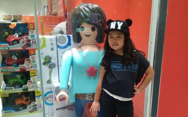 Bé gái 8 tuổi kể lại quá trình đi cùng một người bạn 10 tuổi ra khỏi CV Đầm Sen rồi lang thang ăn xin ở Sài Gòn - Ảnh 1.