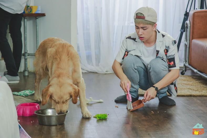 Who's The Boss: Cody (UNI5) - Nicky (Monstar) khổ sở dạy tiếng Anh, làm cơm trộn cho