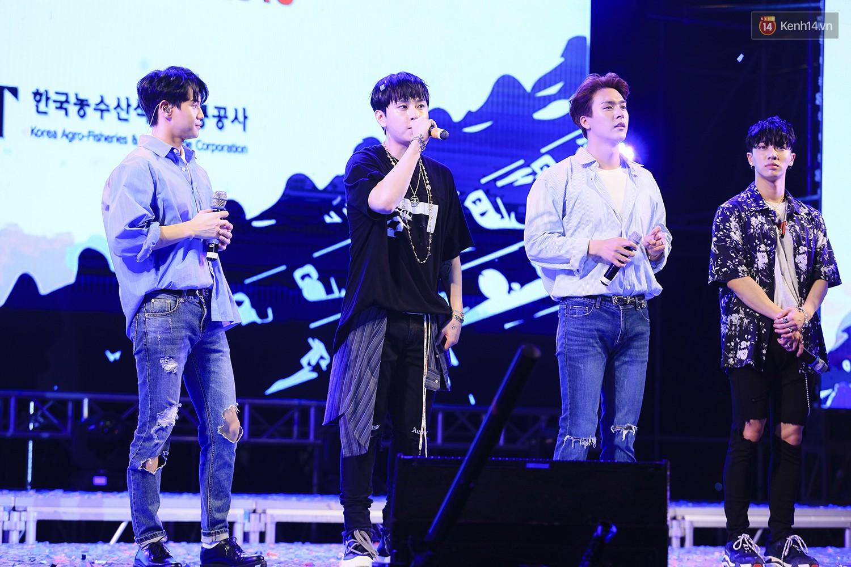 K-Food Fair 2018: Highlight bất ngờ diễn lại hit từ thời còn là B2ST, fanchant nổi da gà! - Ảnh 45.