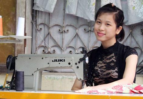 Câu chuyện của một cô gái xinh đẹp không thể nghe, nói và hành trình đến vương miện Á hậu cuộc thi sắc đẹp toàn cầu - Ảnh 3.