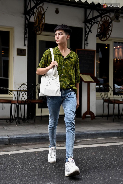 Street style giới trẻ 2 miền: Sài Gòn cập nhật hot trends quá nhanh, Hà Nội đơn giản hơn nhưng vẫn nổi bật - Ảnh 17.