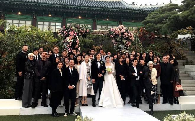 Top đám cưới có dàn khách mời khủng nhất xứ Hàn: Song Song lép vế trước Jang Dong Gun, Lee Byung Hun mời sao Hollywood - Ảnh 9.