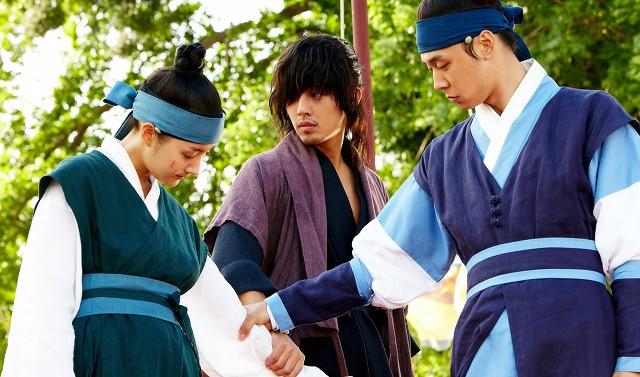 Ghen tị với dàn người tình màn ảnh toàn soái ca cực phẩm của Thư Ký Kim Park Min Young - Ảnh 4.