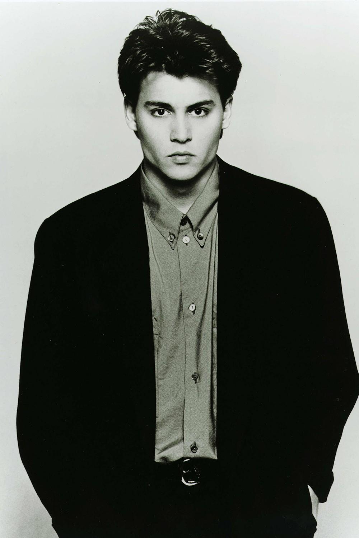 Loạt ảnh Johnny Depp thời trẻ đẹp không chê vào đâu được từng làm bao thiếu nữ trụy tim - Ảnh 5.
