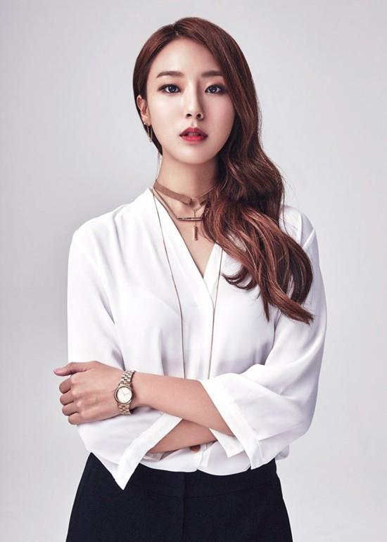 Thư Ký Kim: Ngoài Park Min Young, Park Seo Joon còn có dàn sao cực khủng - Ảnh 47.