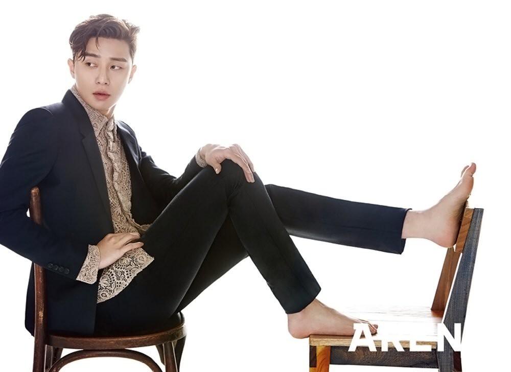 Thư Ký Kim: Ngoài Park Min Young, Park Seo Joon còn có dàn sao cực khủng - Ảnh 19.