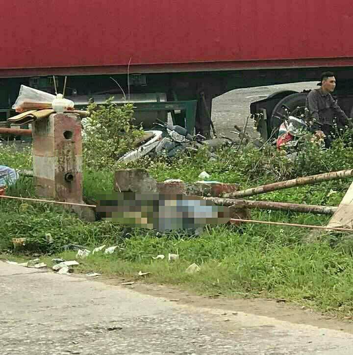 Vụ tài xế taxi tử vong bên đường: Nạn nhân được xác định bị sát hại - Ảnh 1.