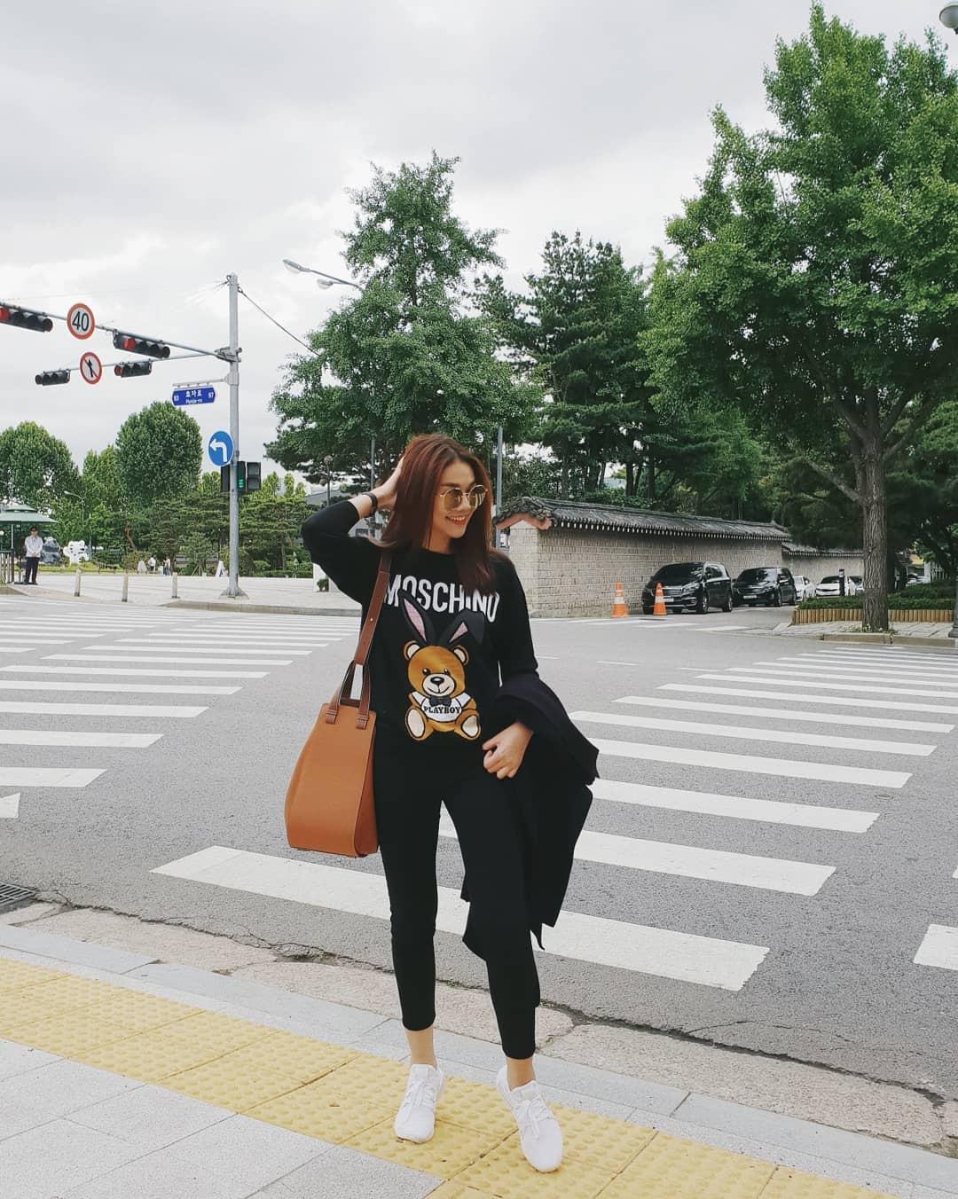 Ngắm street style xịn sò nhất tuần qua của các sao Việt mà cảm tưởng như du lịch khắp thế giới vậy - Ảnh 4.