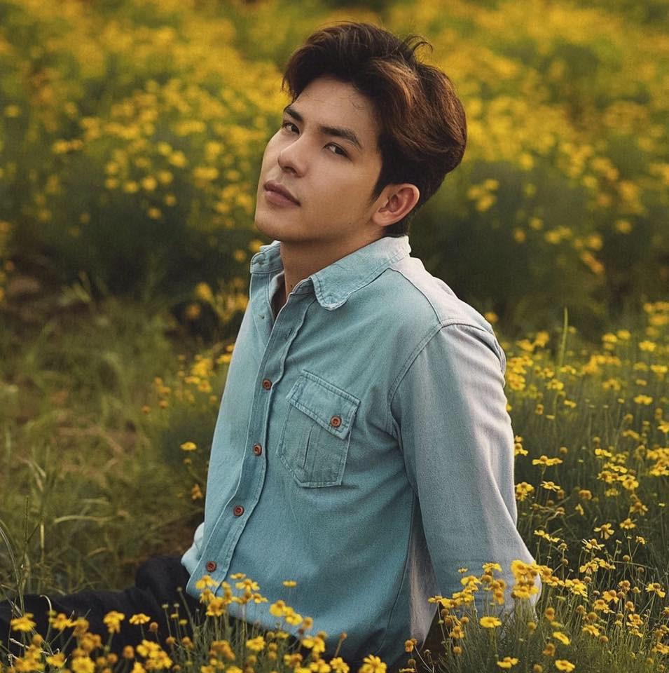 Nam chính trong MV mới của Hoàng Yến Chibi: Vừa đẹp trai, cao ráo như người mẫu lại còn ôm luôn cả vị trí giám đốc sáng tạo - Ảnh 17.