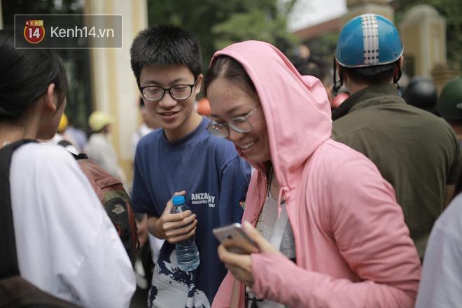 Công bố điểm chuẩn lớp 10 2018 tại Hà Nội - Ảnh 1.