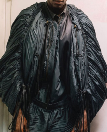 Lạ nhưng không cool: Những ý tưởng điên rồ xứng danh tội ác thời trang - Ảnh 7.
