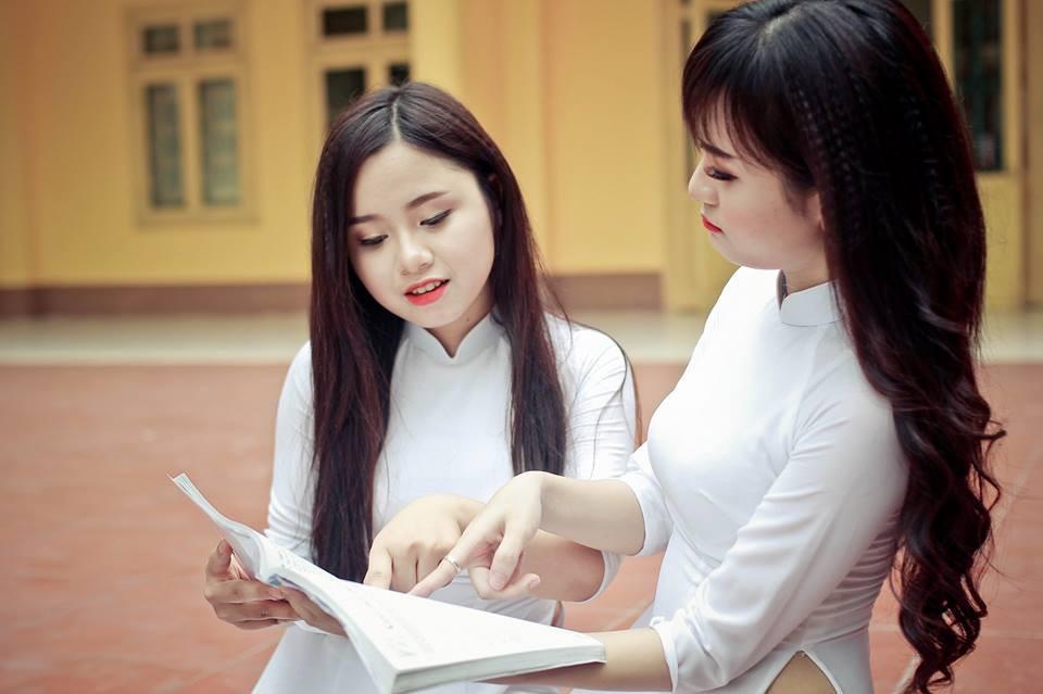Cần phải học những dạng đề nghị luận văn học nào để tránh bị lệch tủ trong kỳ thi THPT Quốc gia 2018 - Ảnh 3.