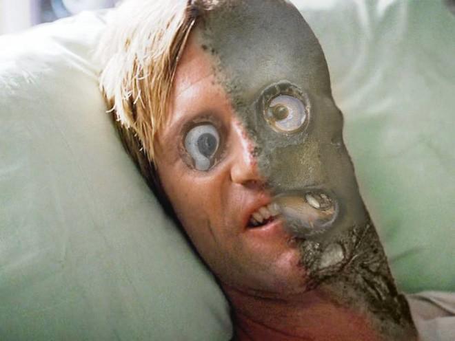 Tảng đá hình khuôn mặt ngớ ngẩn gây ra trận chiến Photoshop hài hước nhất quý II 2018 - Ảnh 6.