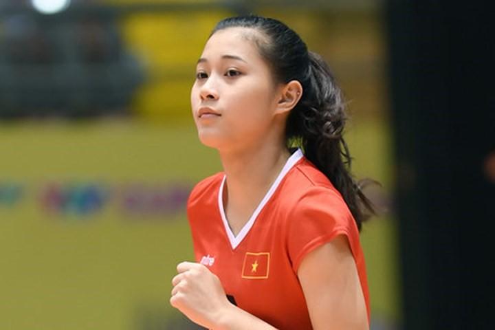 Hoa khôi bóng chuyền 16 tuổi Đặng Thu Huyền hâm mộ Bùi Tiến Dũng - Ảnh 3.