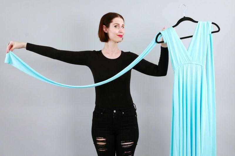 Trải nghiệm váy thần kỳ mặc được chục kiểu khác nhau: Đời không như là mơ - Ảnh 4.