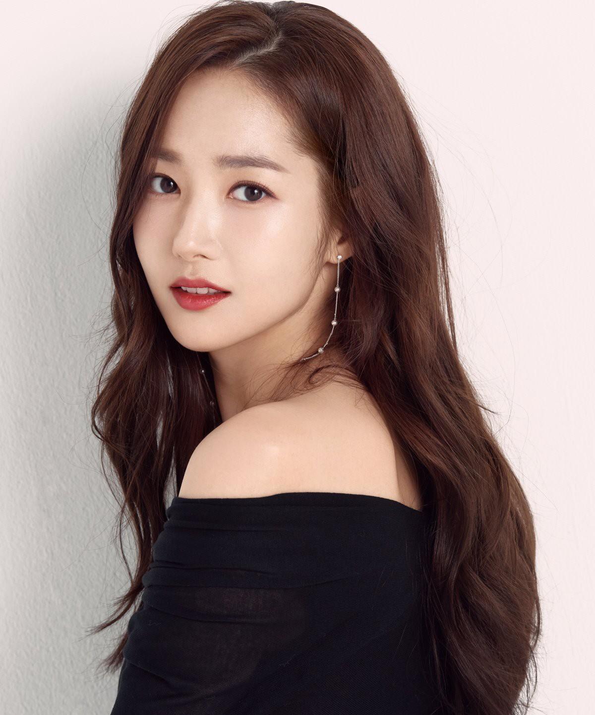 Ảnh hậu trường đẹp khó tin của đệ nhất dao kéo Park Min Young: Đẳng cấp còn hơn cả thiên thần tỉ tỉ - Ảnh 7.