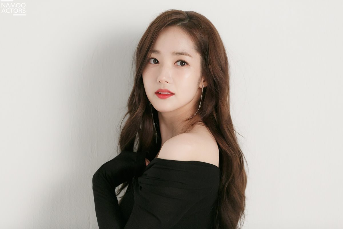Ảnh hậu trường đẹp khó tin của đệ nhất dao kéo Park Min Young: Đẳng cấp còn hơn cả thiên thần tỉ tỉ - Ảnh 12.