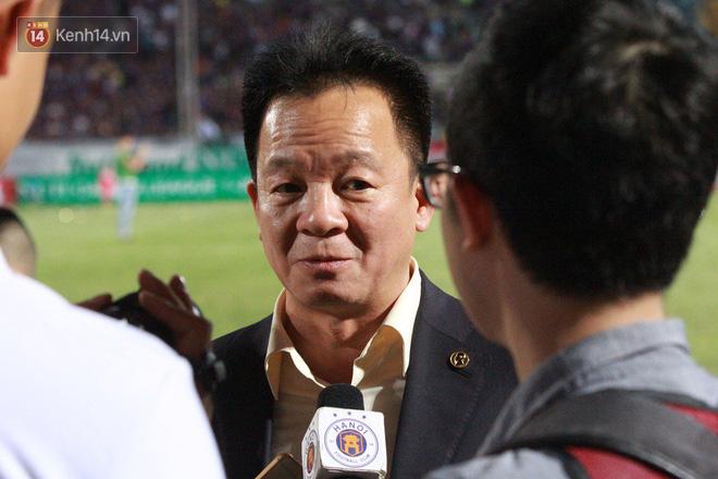 Bầu Hiển thưởng Hà Nội FC hơn 1 tỷ đồng sau trận thắng ngược Than Quảng Ninh - Ảnh 2.