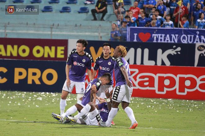 Bầu Hiển thưởng Hà Nội FC hơn 1 tỷ đồng sau trận thắng ngược Than Quảng Ninh - Ảnh 7.