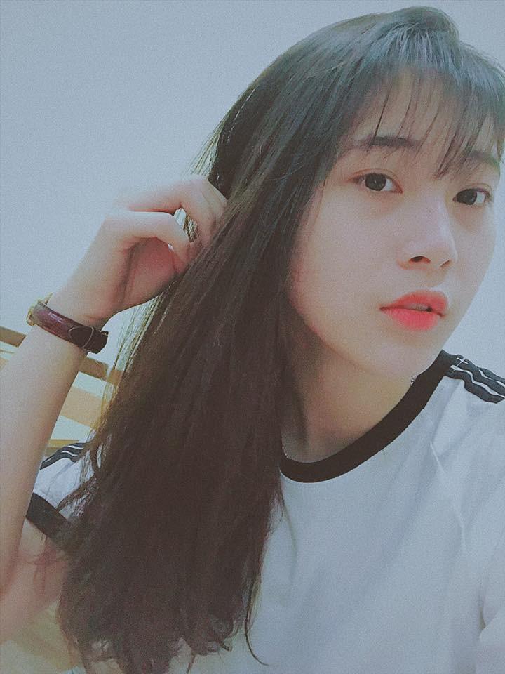 Hoa khôi bóng chuyền 16 tuổi Đặng Thu Huyền hâm mộ Bùi Tiến Dũng - Ảnh 5.