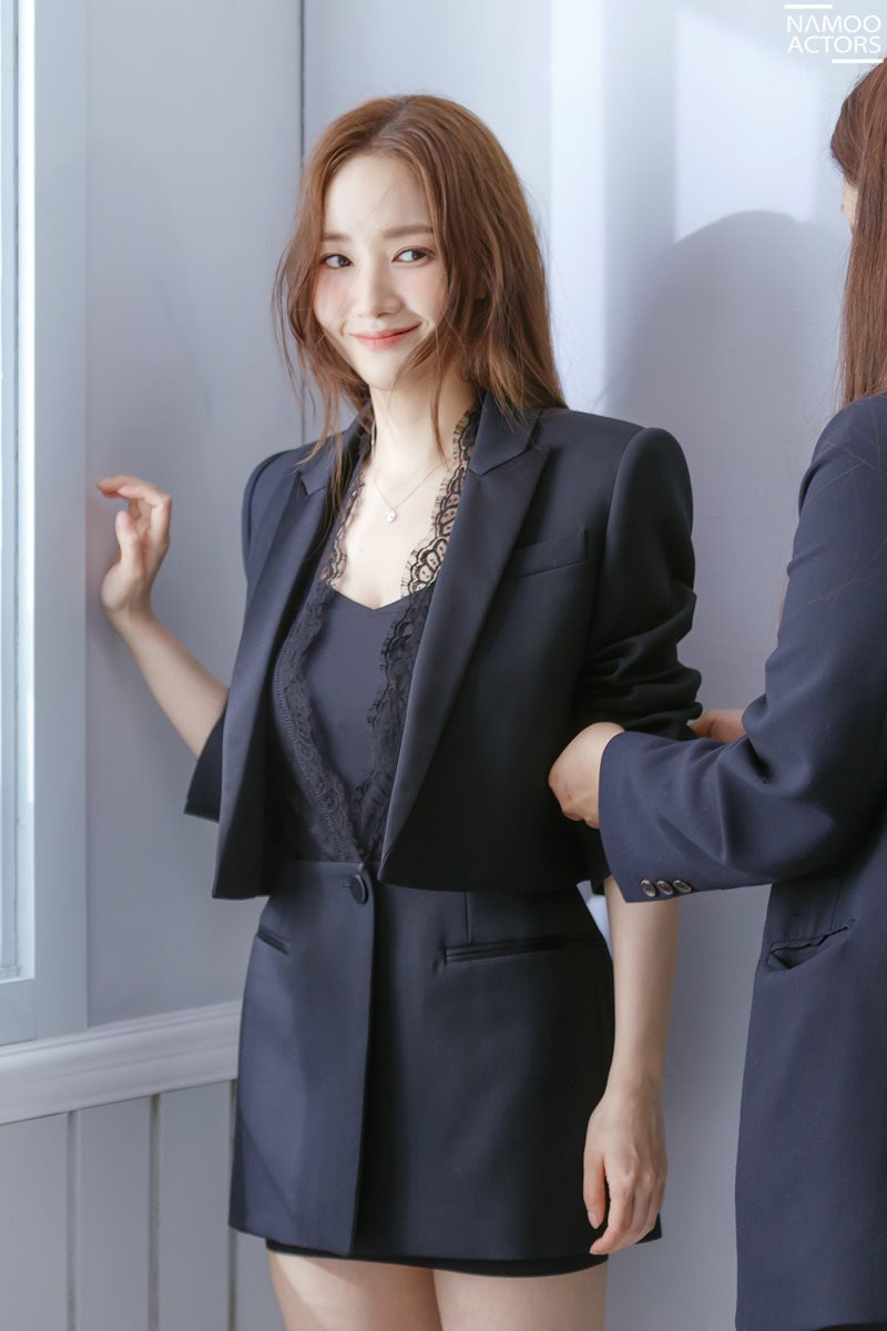 Ảnh hậu trường đẹp khó tin của đệ nhất dao kéo Park Min Young: Đẳng cấp còn hơn cả thiên thần tỉ tỉ - Ảnh 5.
