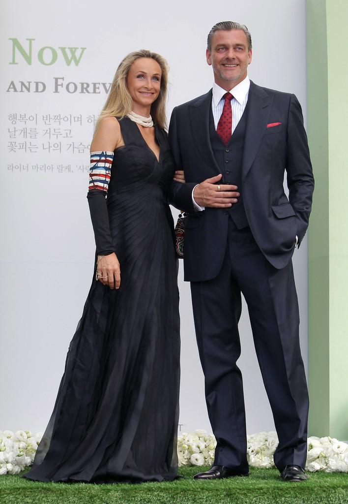 Top đám cưới có dàn khách mời khủng nhất xứ Hàn: Song Song lép vế trước Jang Dong Gun, Lee Byung Hun mời sao Hollywood - Ảnh 16.
