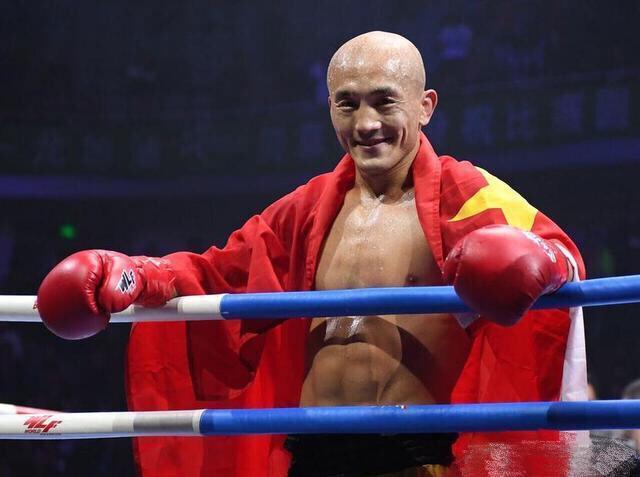 10 ngày sau thảm bại, Yi Long đáp trả lời kêu gọi giải nghệ của truyền thông Trung Quốc - Ảnh 3.