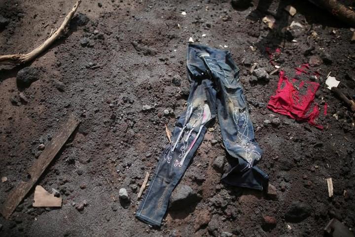 Ảnh: Gian nan tìm kiếm các thi thể bị núi lửa ở Guatemala chôn vùi - Ảnh 10.