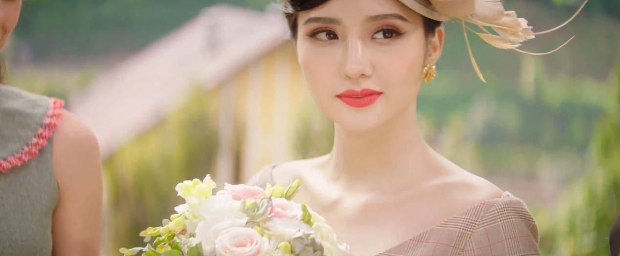 Nữ phụ xinh đẹp đóng vai người thứ 3 chiếm spotlight trong MV mới của Minh Hằng - Ảnh 2.
