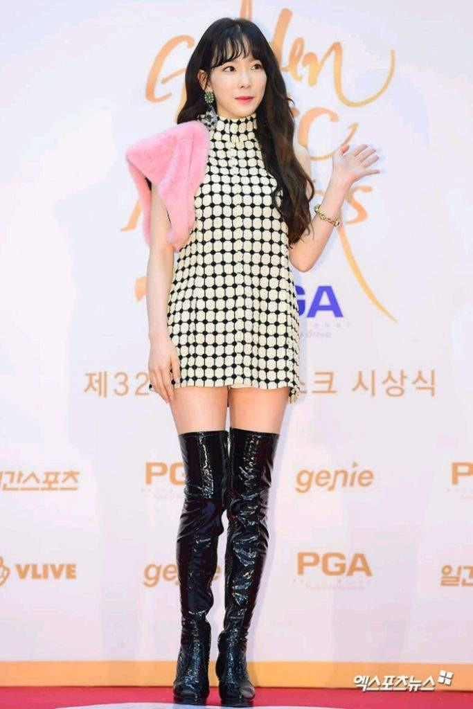 Nghịch lí của Taeyeon: thường ngày mặc đơn giản thì xinh nhưng cứ lồng lộn đi sự kiện lại thành sến - Ảnh 7.