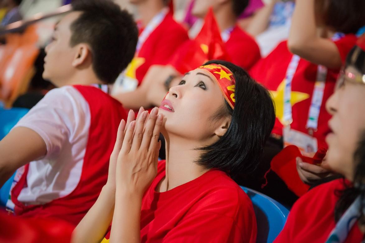 Là fan cuồng của bóng đá, những sao Việt này hẳn sẽ đứng ngồi không yên khi World Cup đang đến gần! - Ảnh 14.
