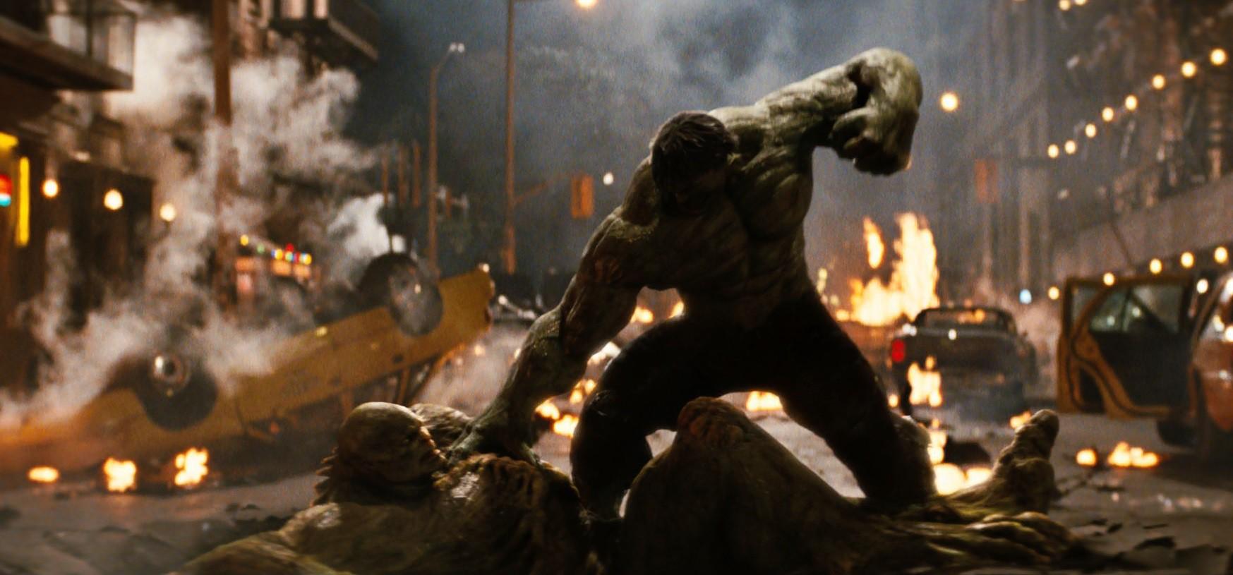 Nín thở với 10 cảnh quái vật khổng lồ chiến đấu ấn tượng trên màn ảnh rộng - Ảnh 10.