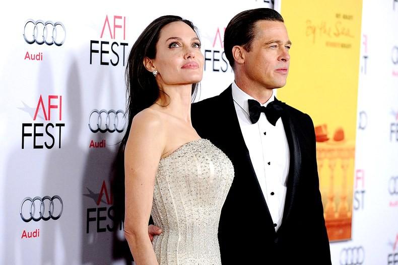 Angelina Jolie lên tiếng sau khi rò rỉ tài liệu tố cô không cho các con được gặp bố - Ảnh 1.