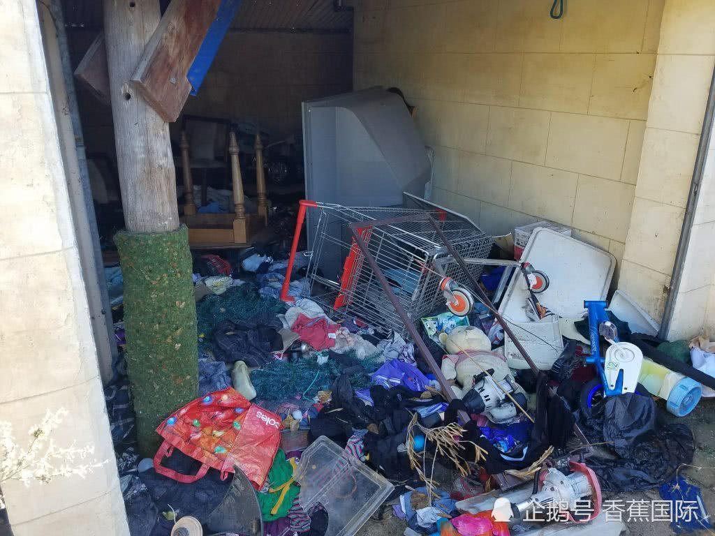 Chủ nhà bức xúc vì mất 500 triệu để sửa sang sau khi người thuê bùng tiền, trộm đồ đạc, để lại hàng tấn rác thải - Ảnh 2.