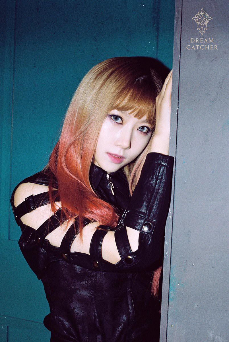 Poster chính của sự kiện Kpop sắp tổ chức tại TP.HCM: Sai tên Kim Samuel, nhầm hình HyunA - Ảnh 2.