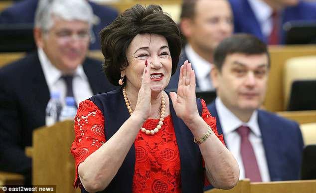 World Cup: Chính khách Nga khuyên không nên hẹn hò với CĐV nước ngoài - Ảnh 2.