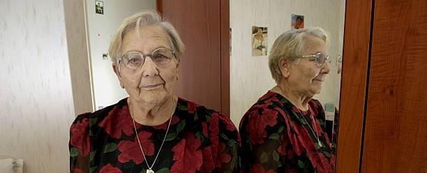 Vụ án bí ẩn 2 bà lão có chung một danh tính suốt 80 năm khiến cảnh sát Pháp không thể giải quyết nổi - Ảnh 1.