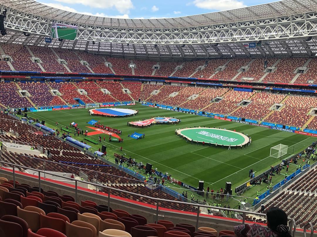 Người hâm mộ trên khắp thế giới hào hứng chờ đón khai mạc World Cup 2018 - Ảnh 14.