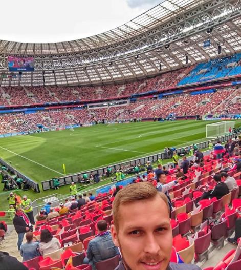 Người hâm mộ trên khắp thế giới hào hứng chờ đón khai mạc World Cup 2018 - Ảnh 21.