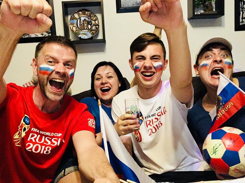 Dẫn trước 2:0, du học sinh Việt cùng người dân Nga hát vang bài ca chiến thắng ở thủ đô Moscow - Ảnh 7.